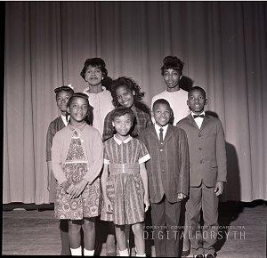 Diggs school choir