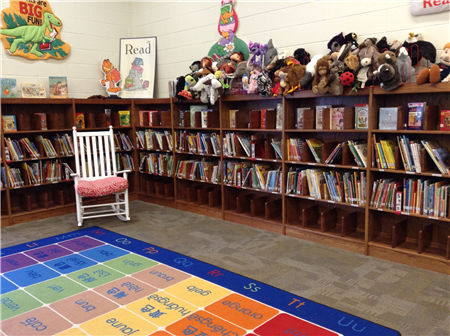 Media center, Everybody section- picture books and puppets