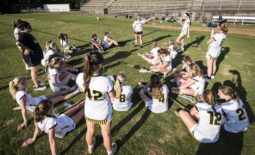 RJR girls lacrosse team