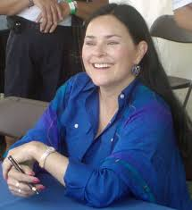 Author Diana Gabaldon visits RJR Auditorium