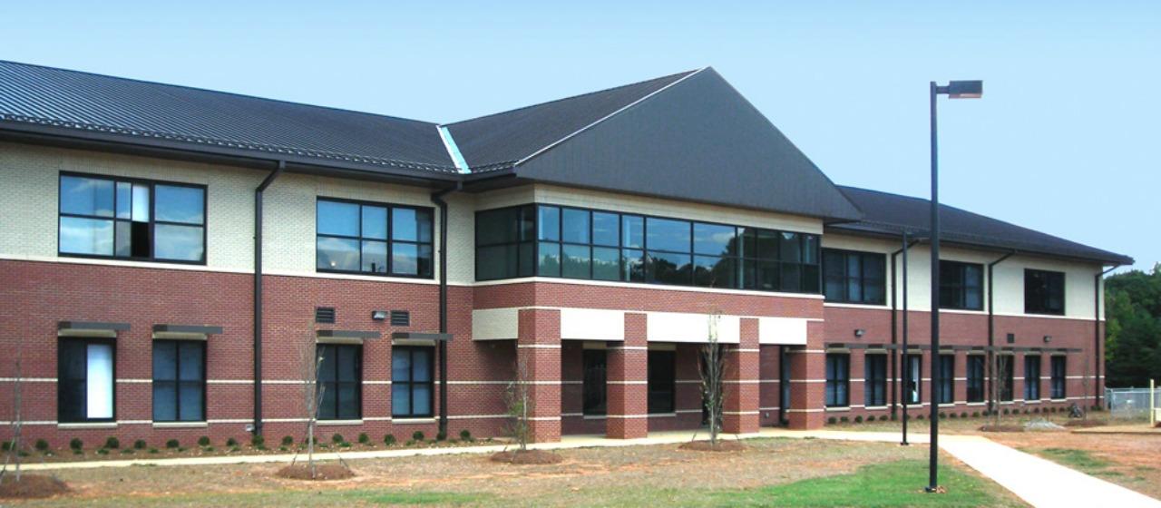 Sedge Garden Elementary School / Front Page