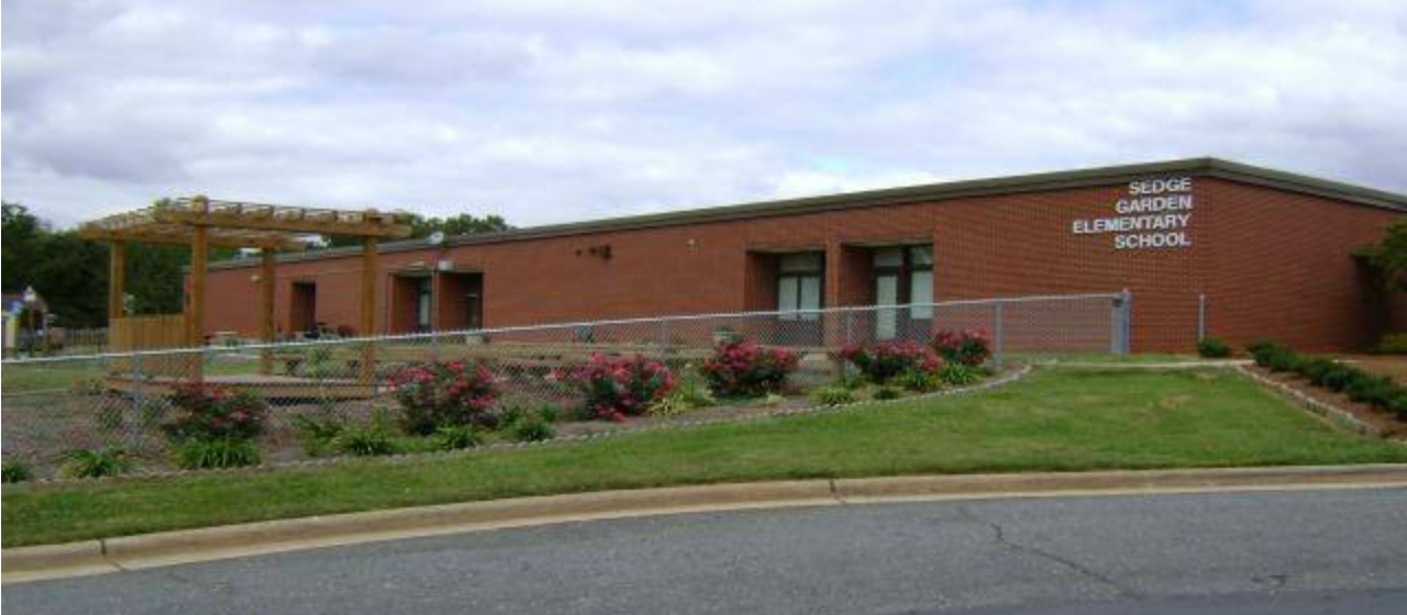 Sedge Garden Elementary / Front Page